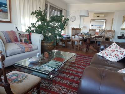 Apartamento Peninsular 4 Dormitorios Punta del Este