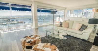 Excelente apartamento con vista al puerto en Punta del Este!!!
