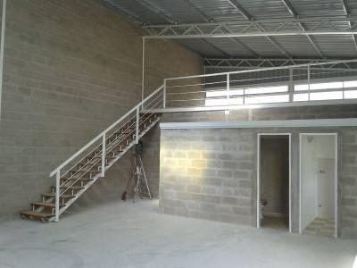 ALQUILER - Galpón industrial en Wilson Ferreira Aldunate