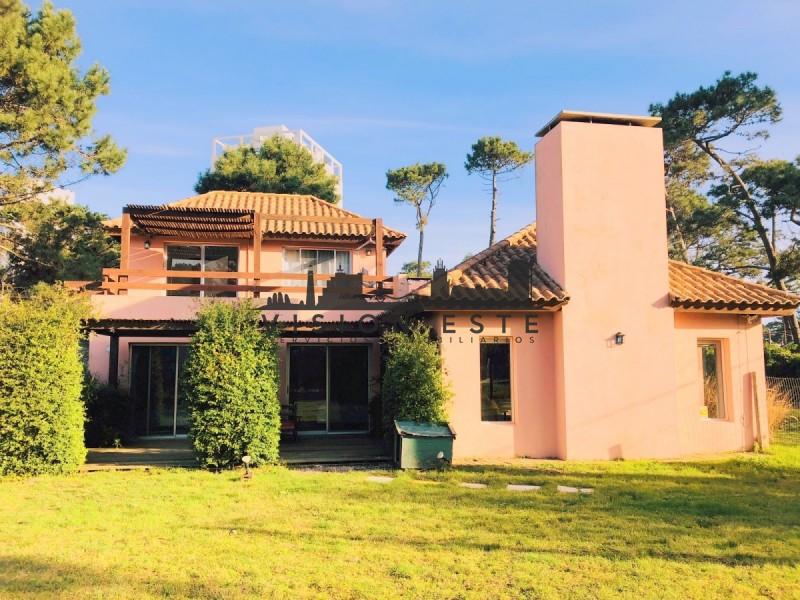 Casa ID.363 - Casa en venta Lugano Punta del Este