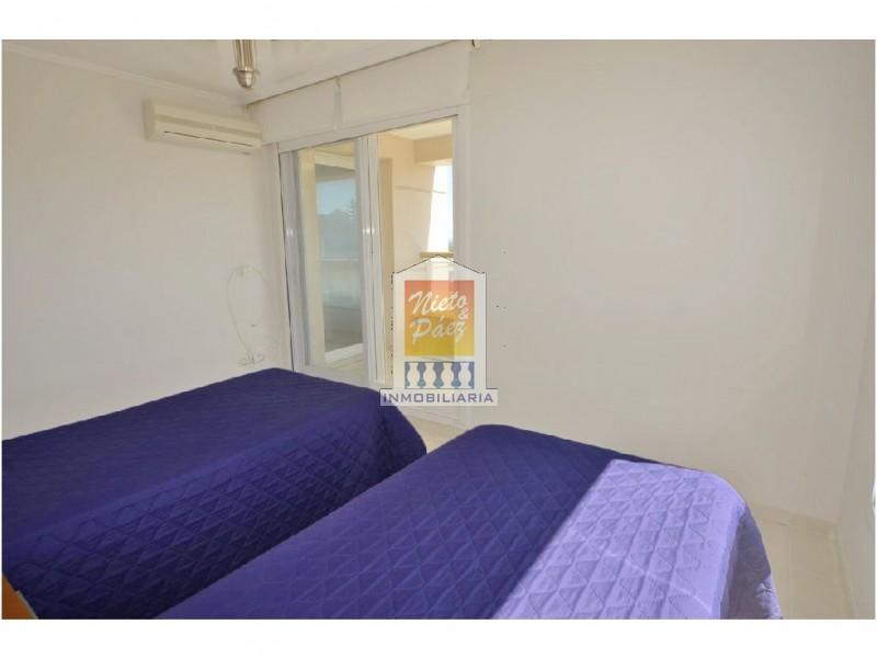 Apartamento ID.8316 - Torre de lujo, esquinero, primera fila en playa mansa.