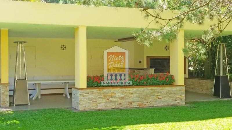 Casa ID.30186 - Playa Mansa, 5 dorm y dependencia, piscina climatizada