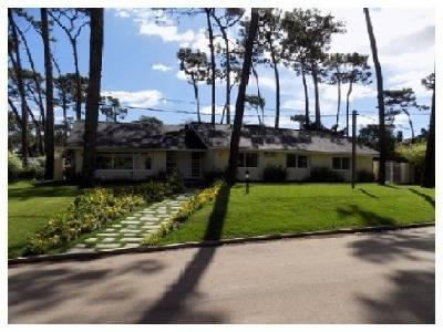 Casa en venta Playa Mansa 4 dormitorios