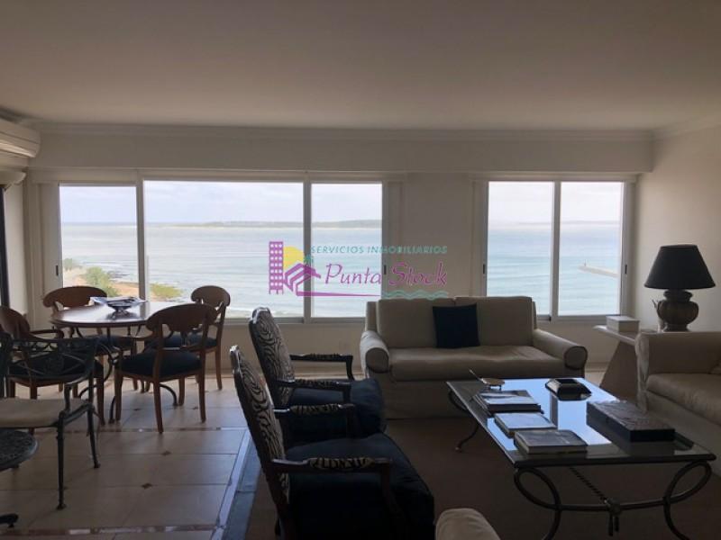Apartamento Ref.210 - ALQUILER COMPRA APARTAMENTO PENINSULA MANSA EXCELENTES VISTAS PRIMERA LINEA 4 DORMITORIOS 4 BAÑOS GARAJE PISCINA