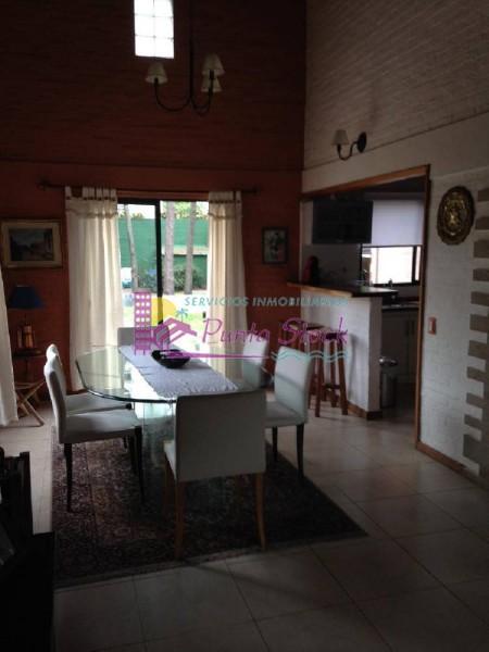 Casa Ref.63 - Casa en Mansa, 4 dormitorios *