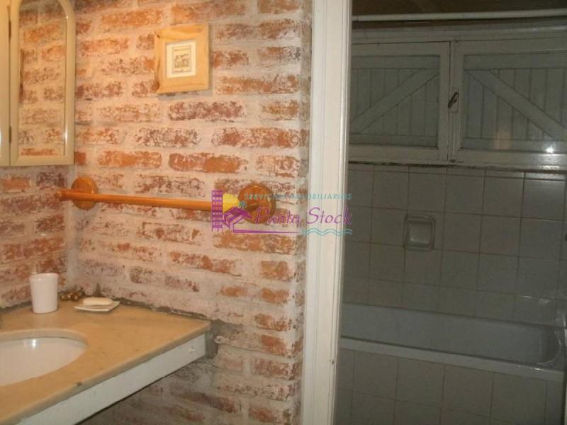 Casa Ref.68 - Casa en Peninsula, 5 dormitorios *
