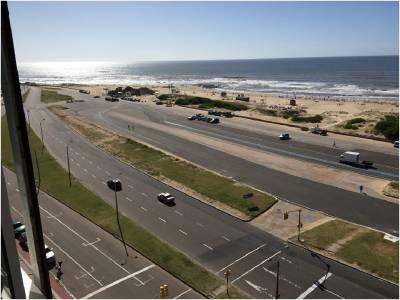 Alquiler de apartamento ,vista directa al mar