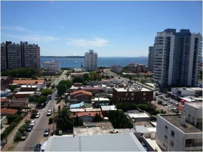 Alquiler de apartamento de dos dormitorios en Punta del Este