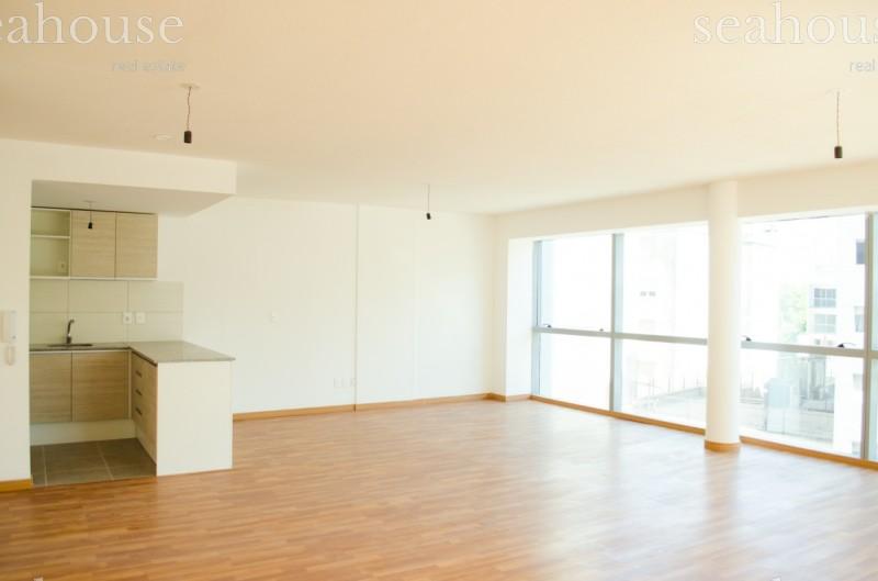 Apartamento Ref.200 - Cómodo apartamento con vista al mar