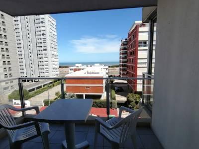 Lindo apartamento con vista al mar