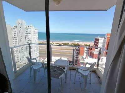 Muy lindo apartamento con vista al mar