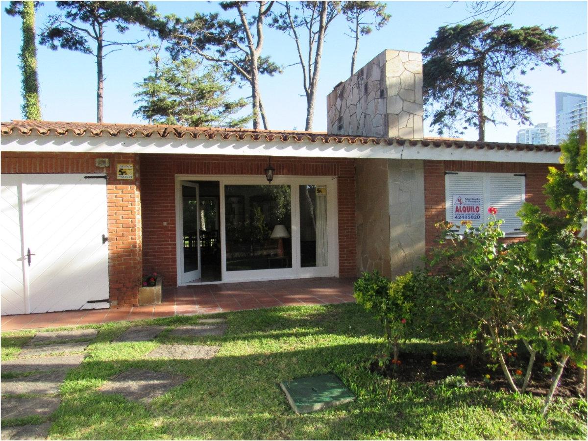 Casa ID.163998 - Chalet típico de Punta del Este, a 4 cuadras de Playa Mansa