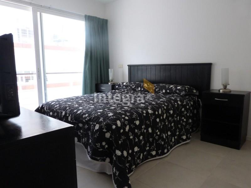 Apartamento ID.747 - PENINSULA, 2 AMBIENTES CON SERVICIOS, CENTRO DE PUNTA DEL ESTE.