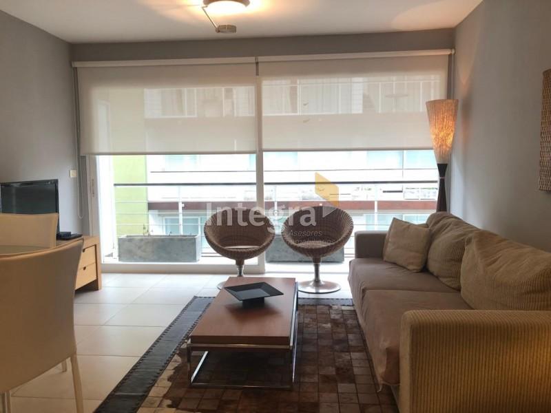 Apartamento ID.741 - PENINSULA, 3 DORMITORIOS, GJE DOBLE Y SERVICIOS.