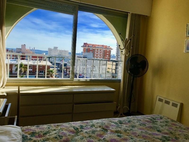 Apartamento ID.1318 - Apartamento en Peninsula, 1 dormitorio y medio en venta