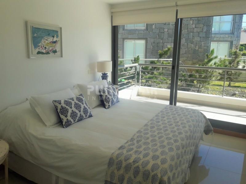 Apartamento ID.211814 - DIVINO APARTAMENTO FRENTE AL MAR , TRES SUITE CON SALIDA A TERRAZA PROPIA , AMPLIO LIVING COMEDOR, AMENITIS MUY COMPLETOS OFRECE EL EDIFICIO.