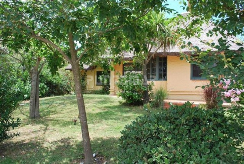 Casa ID.210951 - Bien ubicada a 2 cuadras de la Posta y 1 de la calle principal, tiendas y restaurates