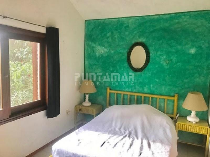 Casa ID.211147 - Casa en Pinares, 5 dormitorios *