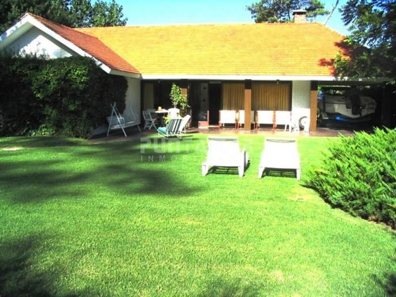 Casa ID.210508 - Casa en Country, 3 dormitorios *