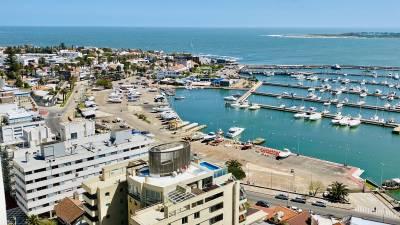TORRE VERONA (A nuevo), 3 dorms y servicio al Puerto!