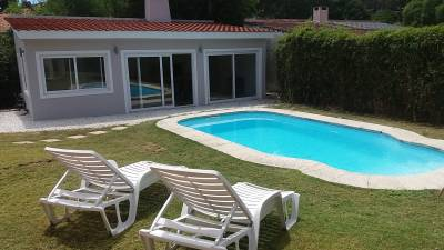 IMPECABLE CHALET EN ZONA CANTEGRIL - PISCINA