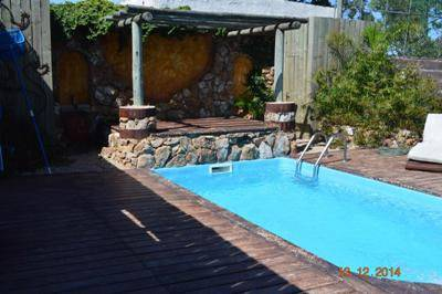 Casa en Pinares, 4 dormitorios, piscina