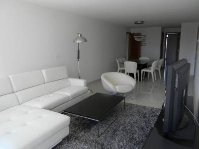 Departamento 2 dormitorios , 2 baños en suite , toilette , dependencia de servicio con baño , living comedor cocina amplia , terraza al frente , servicio de mucamas , todos los amennities consulte .