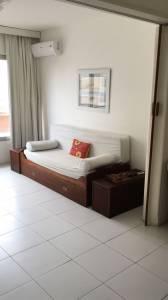 Apartamento en Alquiler en Punta del Este, Península próximo a la playa
