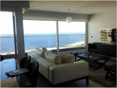 Venta Apartamento en Punta del Este, Espectacular ubicación, Torre con todos los servicios