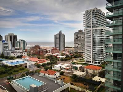 Venta de Apartamento en Punta del Este a estrenar!!, Excelente vista despejada a la brava