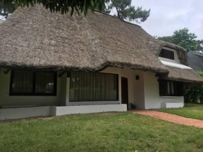 Casa de 4 dormitorios en Pinares - Punta del Este