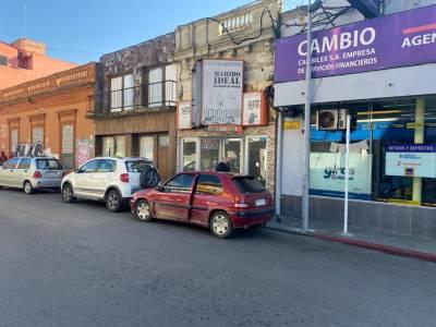 Oportunidad!! Local comercial en alquiler anual en Centro Maldonado