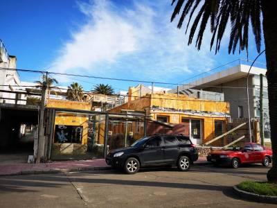 Local en venta y en alquiler, Punta del Este, Península zona puerto