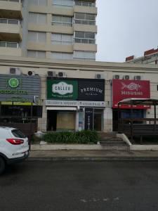 LOCAL COMERCIAL en PUNTA DEL ESTE, ZONA BRAVA