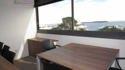 Local Oficina en Punta del Este, Península