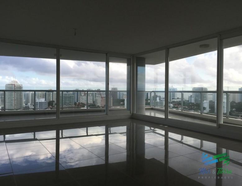 Torre ONE 4 suites Apartamento en Venta Punta del Este