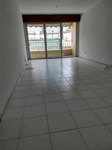 Venta apartamento 3 dormitorios, a 1 cuadra de la Rambla