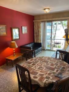 Alquiler 1 dormitorio en Pocitos 2 cuadras de la rambla, AMUEBLADO