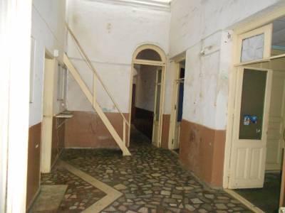 Ideal reciclaje apartamentos o empresa. Excelente ubicación!!!!