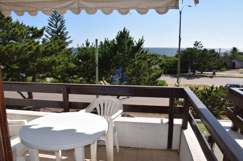 Apartamento de 1 dormitorio frente al mar en alquiler