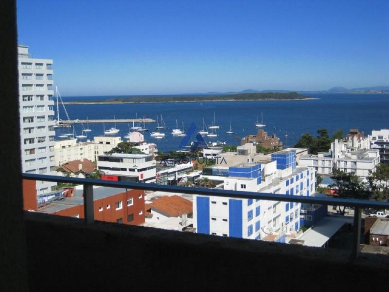 Apartamento en Península con vista al mar