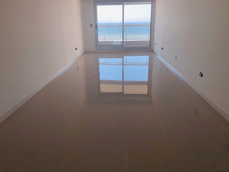 apartamento de 2 dormitorios en Playa  brava a estrenar!