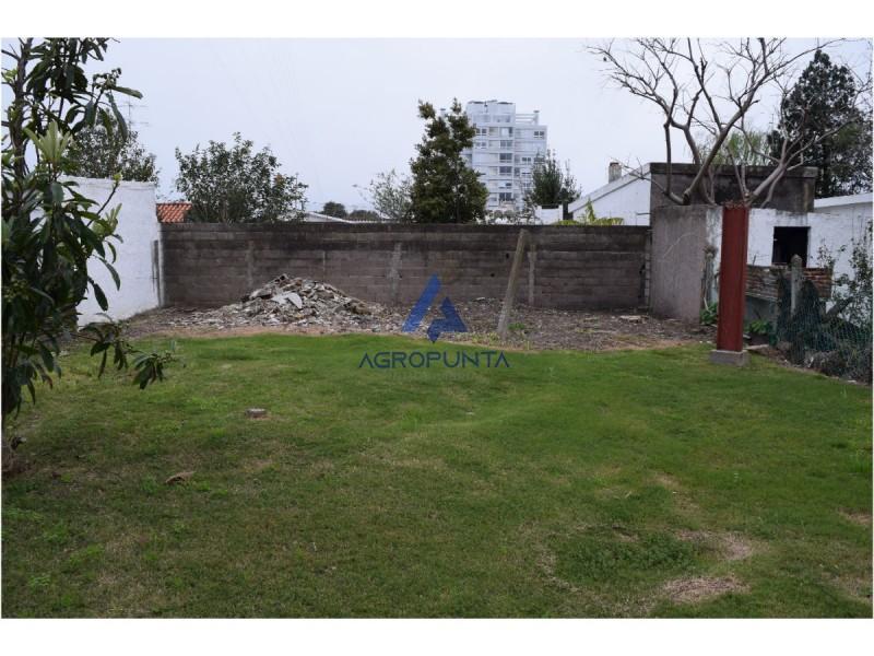 Casa en Maldonado, 2 dormitorios *