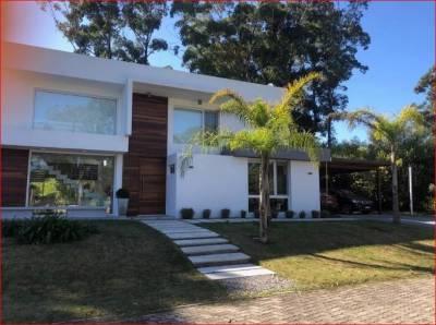 Casa en venta en Albatros, Punta Ballena