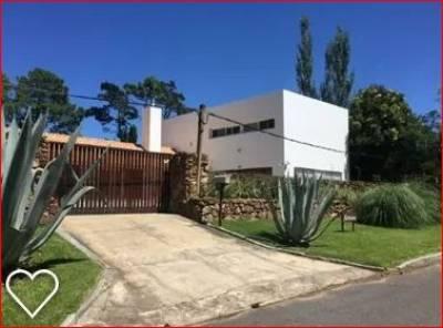 Casa en venta en Avenida San Pablo, Punta del Este