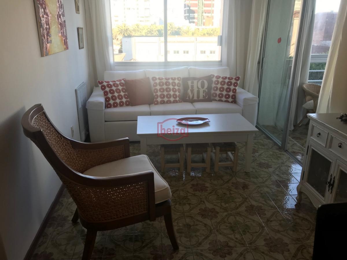 Apartamento ID.163074 - Punta del Este - Península - Céntrico