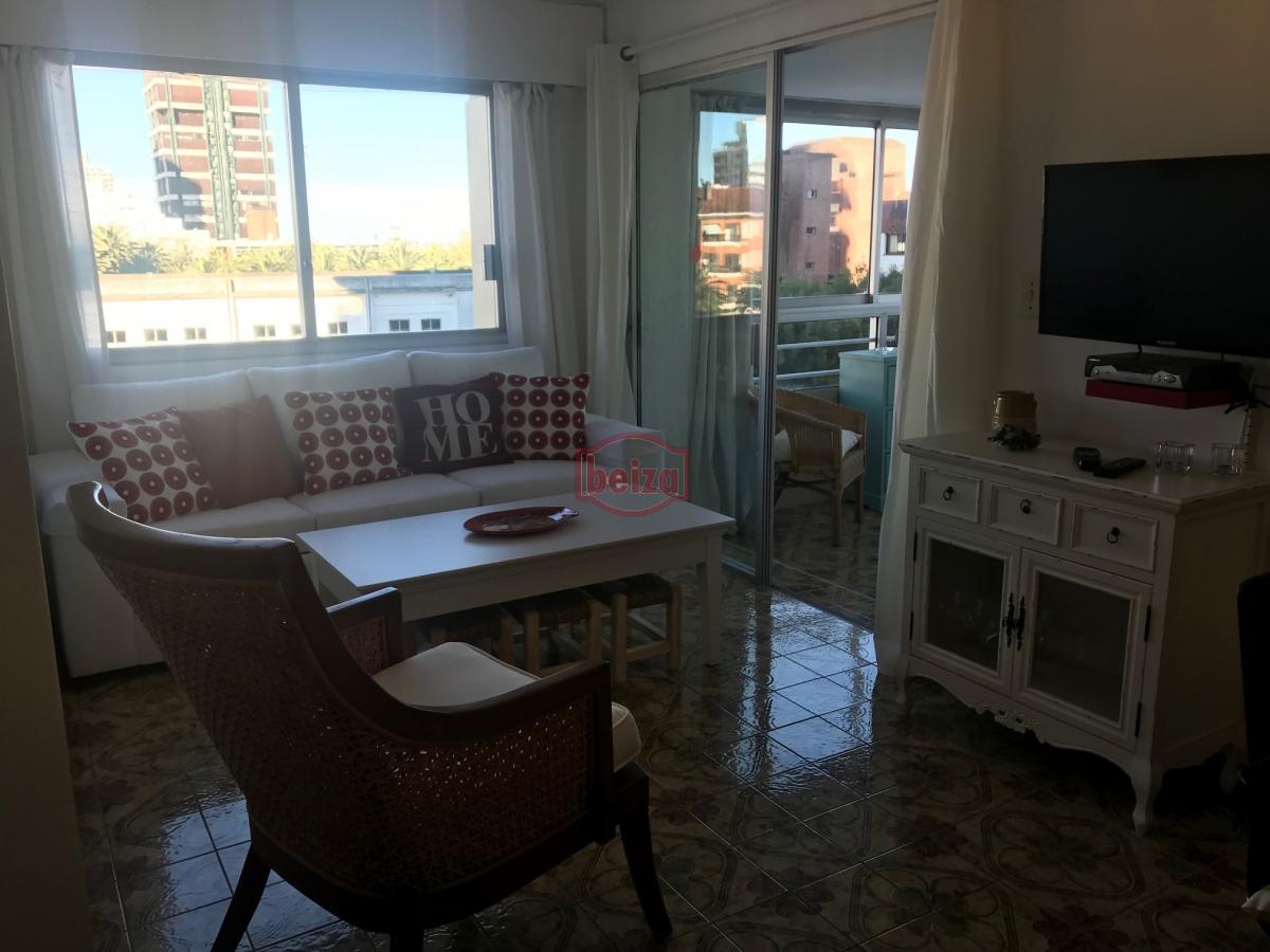 Apartamento ID.163074 - Apartamento de 1 Dormitorio - Céntrico - Puerto