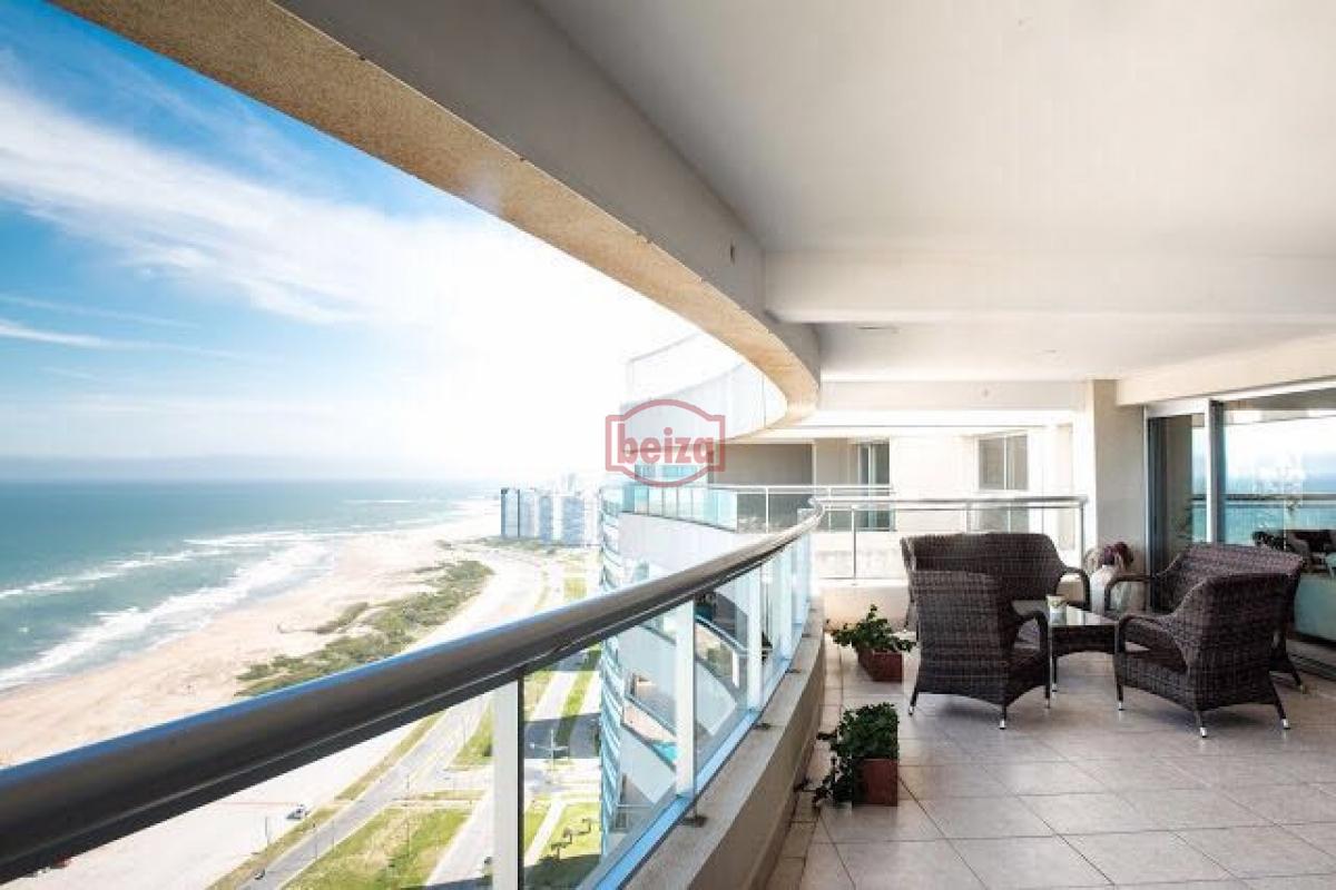 Apartamento ID.163742 - Pent House de 922 m2 frente a la brava